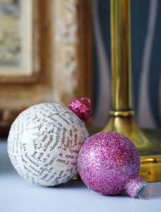 newsprint-christmas-ornaments